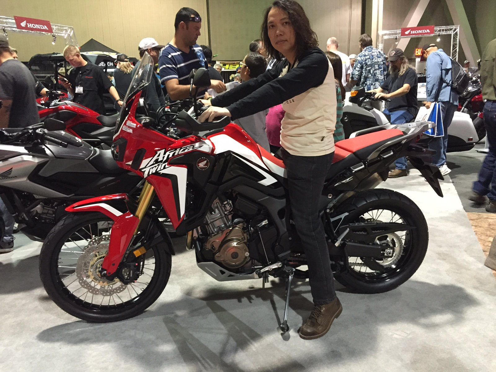 Remarkable Sitting On The Af Today Pics Honda Crf1000L Africa Twin Forum Evergreenethics Interior Chair Design Evergreenethicsorg